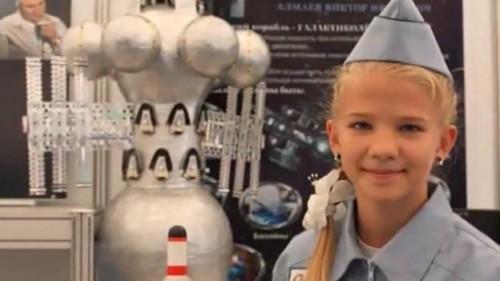 Ekaterina Trusheva menina russa de 13 anos projecta a primeira nave interestelar